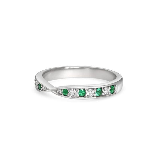 Ariana Green Emerald & Diamond Thread Set Milgrain Graduated Wedding Band